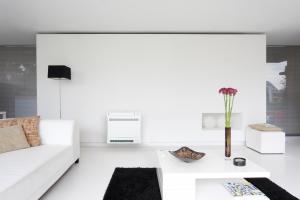 FVXS Floor Standing_living room