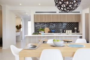 Lifestyle - ducted (kitchen)